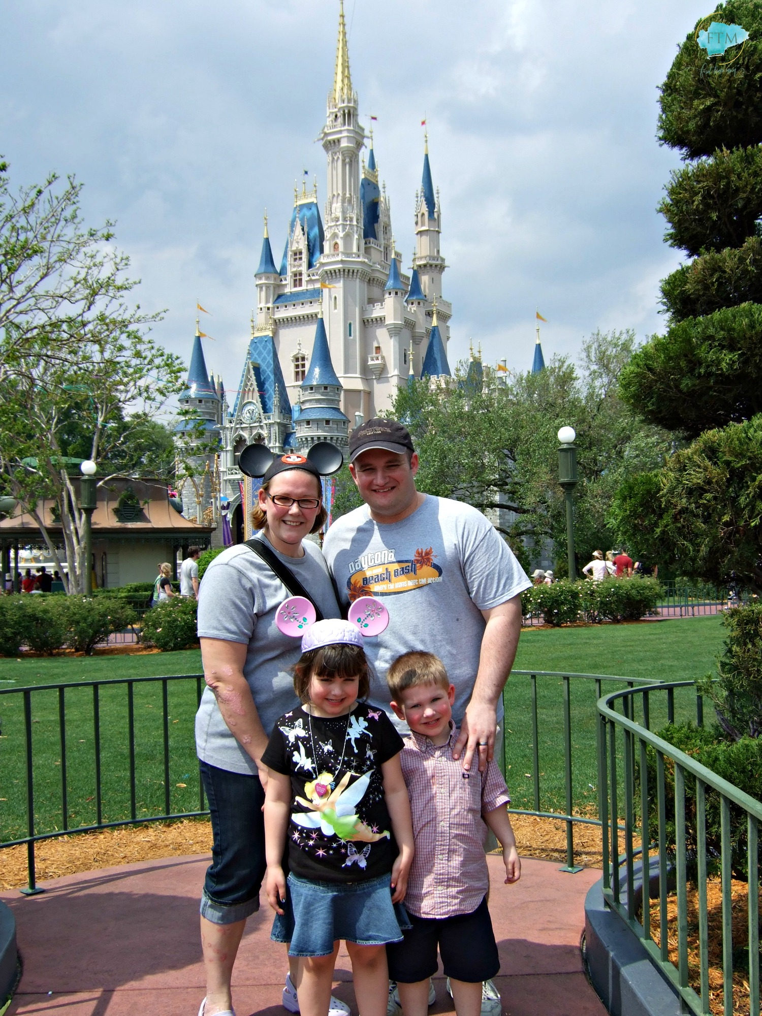Traveling to Walt Disney World with a family