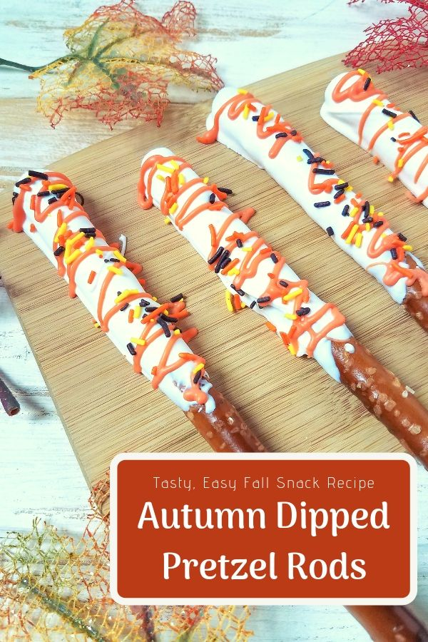 Autumn Dipped Pretzel Rods so easy to make and even easier to eat! Perfect for Halloween parties and football tailgates. #easyrecipe #fallsnack #halloweensnack #partyfood #kids #snacksforkids